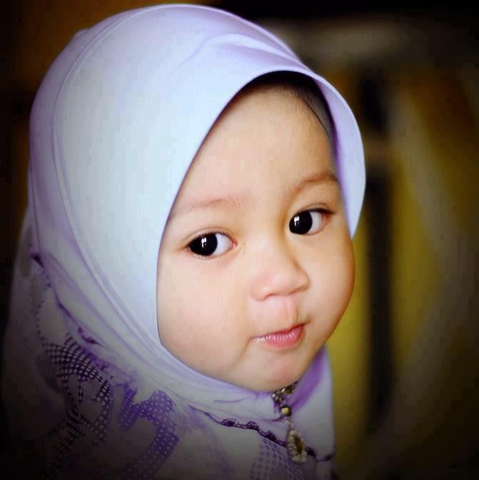 gambar-bayi-lucu-berjilbab4